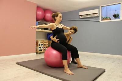 שמירה על רצפת האגן בהריון