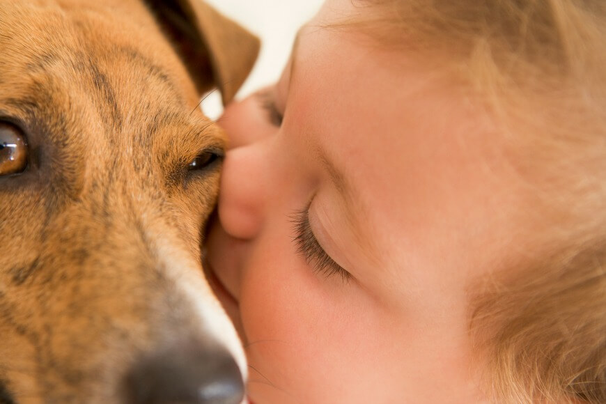 baby-kissing-dog